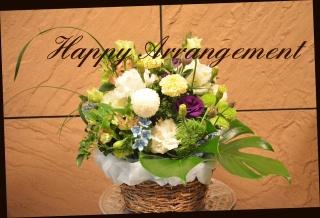 ナチュラル系 季節の花でアレンジメント 104