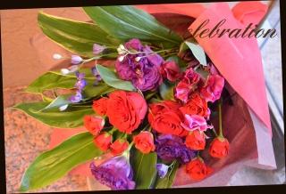バラを使って 季節の花束 51