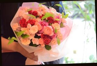 バラいっぱいの花束 74