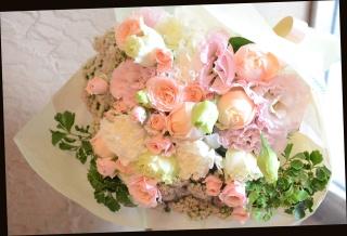 淡い色目で ピンク系 季節の花束 76