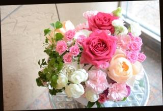 ピンク系 可愛く 季節のアレンジメント 381