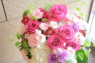 一番人気!バラのアレンジメント♪