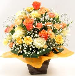 定番人気!黄色オレンジのフラワーアレンジ!