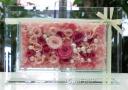 ピンクのプリザーブドフラワー ガラスフレーム