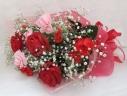 母の日人気!かすみ草を使った赤、ピンク系