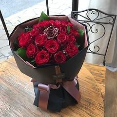花束【赤い薔薇&ブロンズ薔薇1】