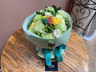 グリーンフラワーブーケ花束