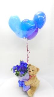 抱っこクマちゃん青バラブーケ/ハートバルーン