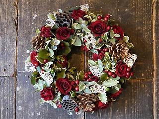 赤バラの生花リース