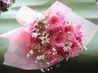キュンとする花束