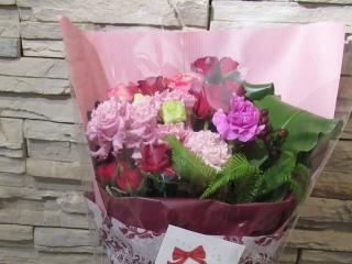 ピンクレッドのお花束