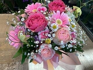 大好きピンクのふわふわアレンジメント