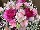 大人ピンクのふわふわアレンジメント