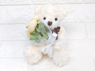 枯れない御供...くまちゃんと造花の花束