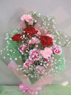 母の日の花束(カーネーション赤色)