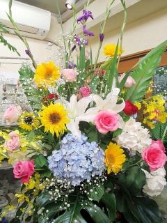 華やかスタンド季節のお花イメージ