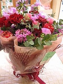 華やかでお洒落な花束