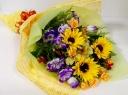 夏の人気NO1!ひまわりの花束