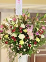 お祝いスタンド花(シックなイメージで)