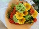 【華やかに】 オレンジの花束