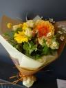 やさしいオレンジの花束