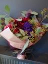 赤ダリアの大人花束