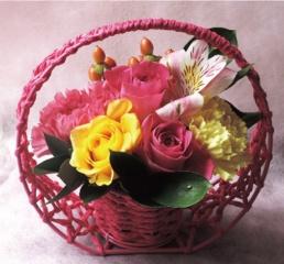 京都からお届け ピンク和かごのアレンジメント