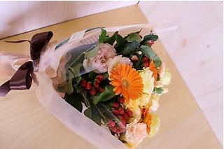 イエロー&オレンジの可愛い花束♪