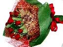 真紅の薔薇の花束