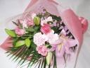 ピンク系百合入り素敵な花束