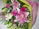 ホワイト、ピンクの豪華でステキな花束