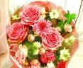 ロマンティックピンクのローズブ-ケ