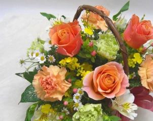 オレンジ薔薇とカーネーションのアレンジ*花想久里*