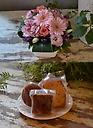ベーシックアレンジピンク&焼菓子(5個)セット
