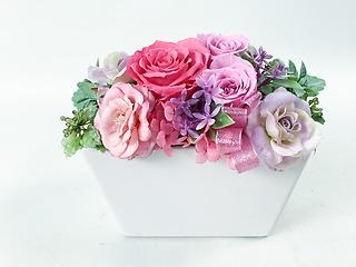 ピンクとパープルのお花が素敵です