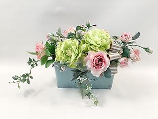 スタイリッシュな枯れないお花をあなたに
