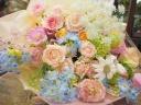 季節のパステル系ミックス花束