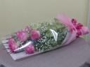 ピンク系バラの花束