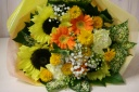 元気の出るビタミンカラー!ヒマワリとガーベラの花束