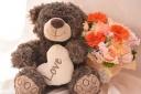クマさんがLOVEとお花をお届けします♪