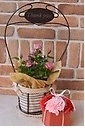 Thank you mom♪ピンクのミニバラと赤ソープフラワー
