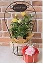 Thank you♪黄色のミニバラと赤のソープフラワー