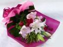 【華やか】ユリと赤バラの花束【フレッシュ】