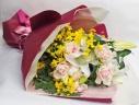 ○●東花園●○ 白ユリとバラの上品な花束