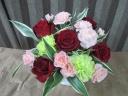 赤バラの華麗なアレンジメント