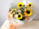 ひまわりとバラの花束