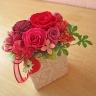 華やかピンク・レッド系のお花にイチゴ&ベリー♪