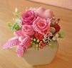 ハートピンクと可愛くピンクのバラとカスミソウ♪