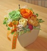 ビタミンカラーのお花とグリーンアップル♪