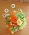 イエロー・オレンジ系のお花で明るく元気に!